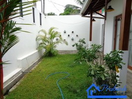 House for Lease at Pelawatta